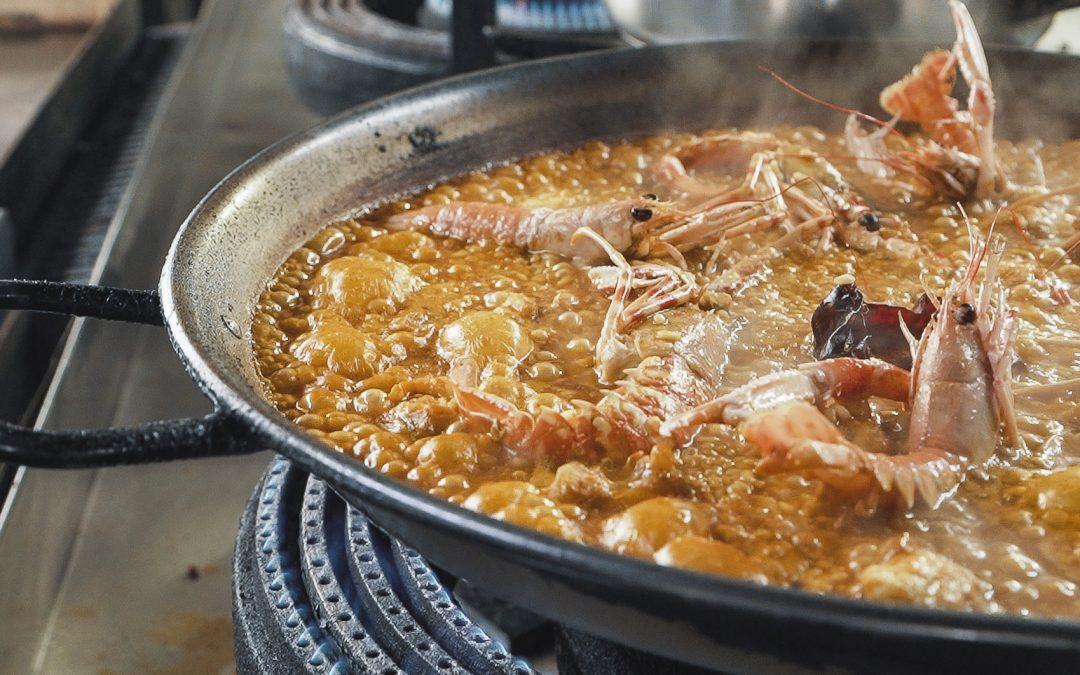 Paella de langosta y cigalas
